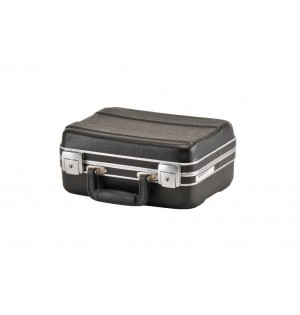 SKB Luggage Style Transport Case without foam
