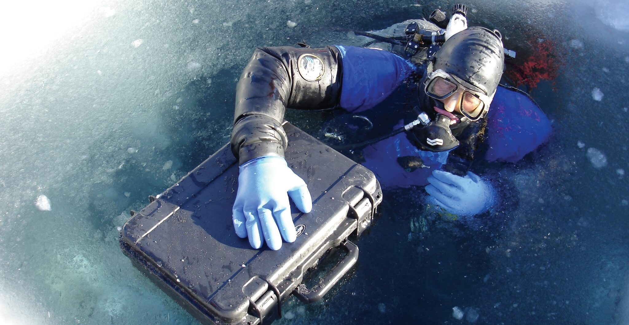 3i_Waterproof_-_Ice_Diver
