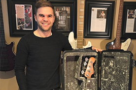 Ex-OneDirection Sandy Beales